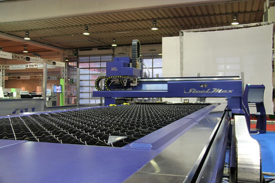 Samumetal 2014 pordenone high performance machinery for Fiera di pordenone