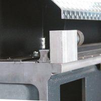 impianto-taglio-plasma-cremagliera-guida-longherone